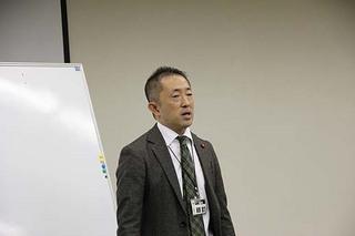 瀬頭さん挨拶・伊藤.jpg